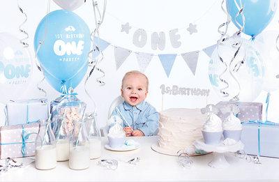 Feest decoratie box 1e verjaardag blauw-zilver